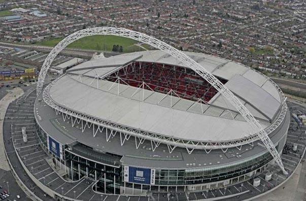 Обновлённый стадион Уэмбли – самый знаменитый и самый большой крытый стадион Англии